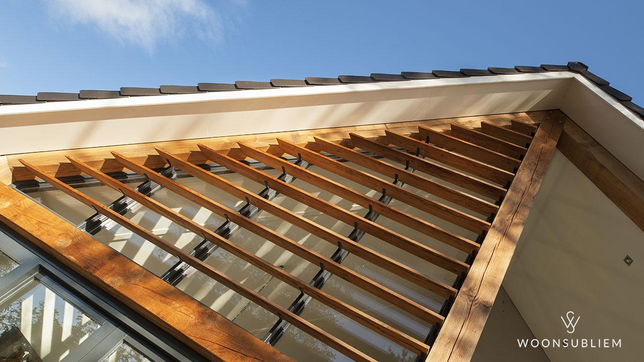 zonwering houten lamellen
